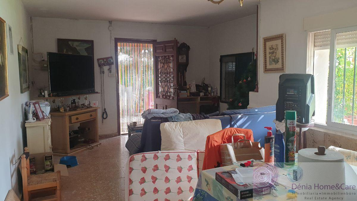 For sale of rural property in Dénia