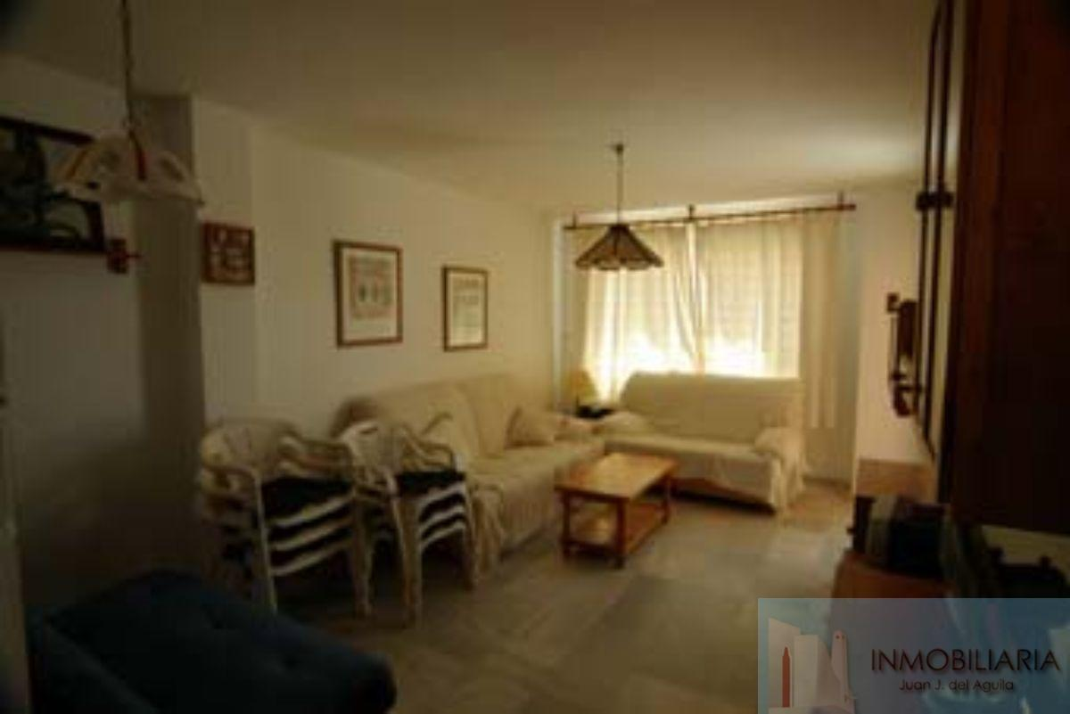 For rent of apartment in San José