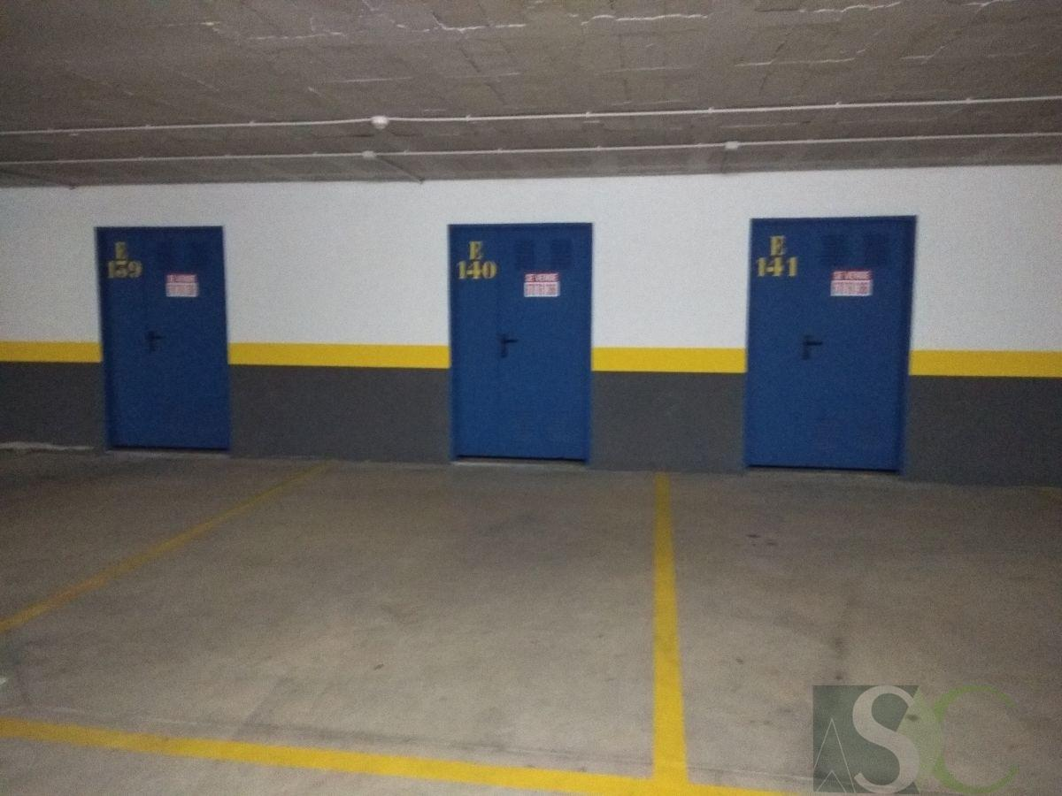 For sale of garage in Benahavís