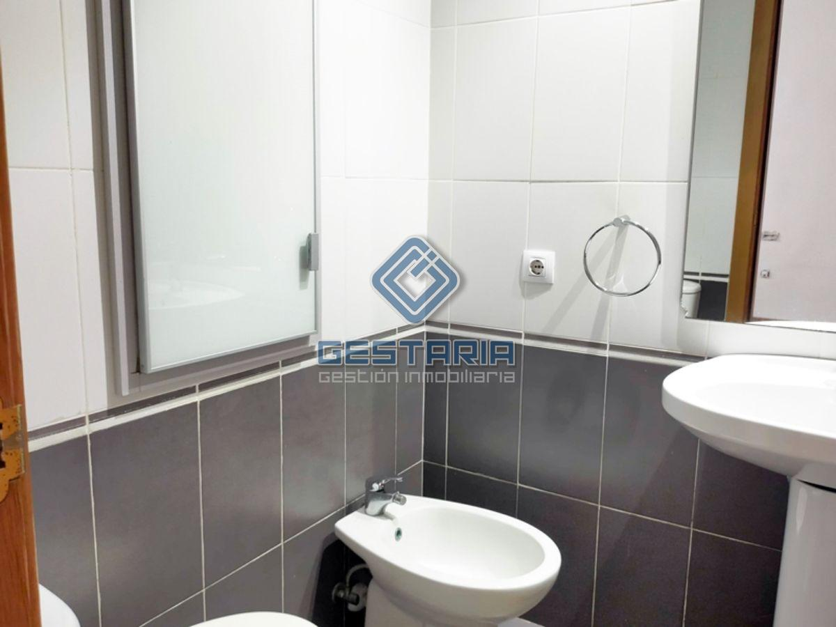 For sale of flat in Picassent