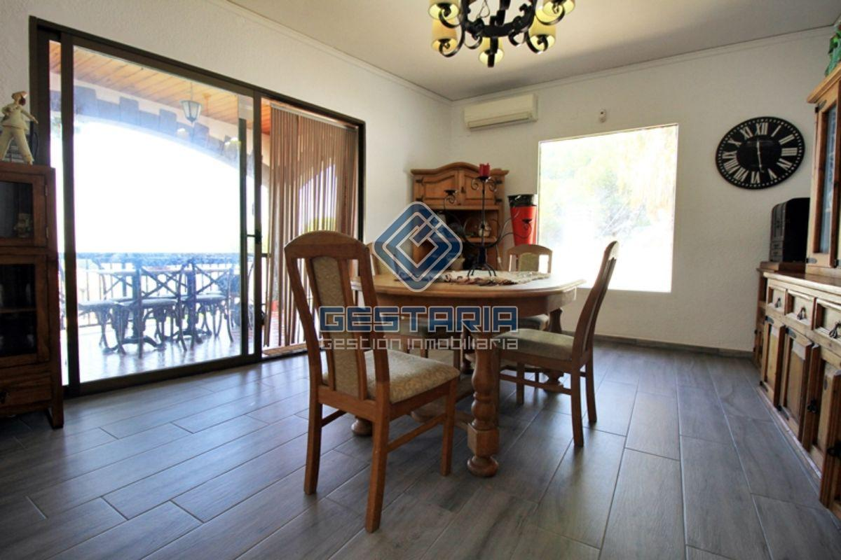 For sale of chalet in Náquera