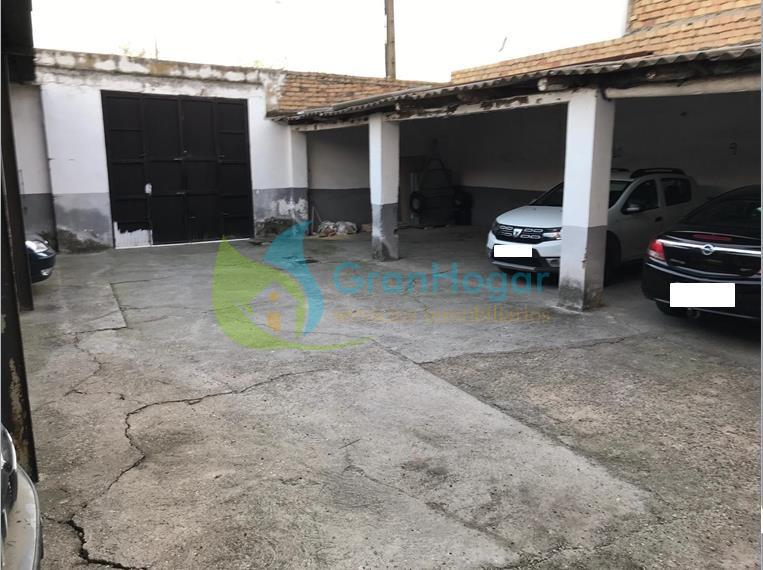For sale of land in Sevilla