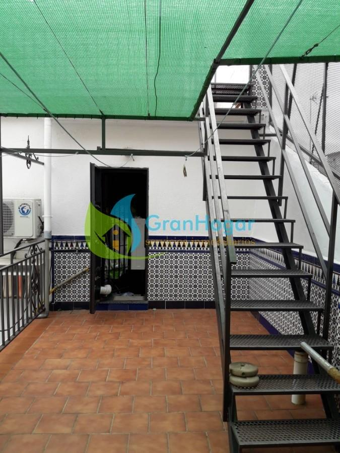 For sale of house in Sevilla