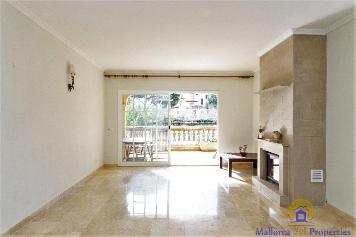 For sale of apartment in Llucmajor