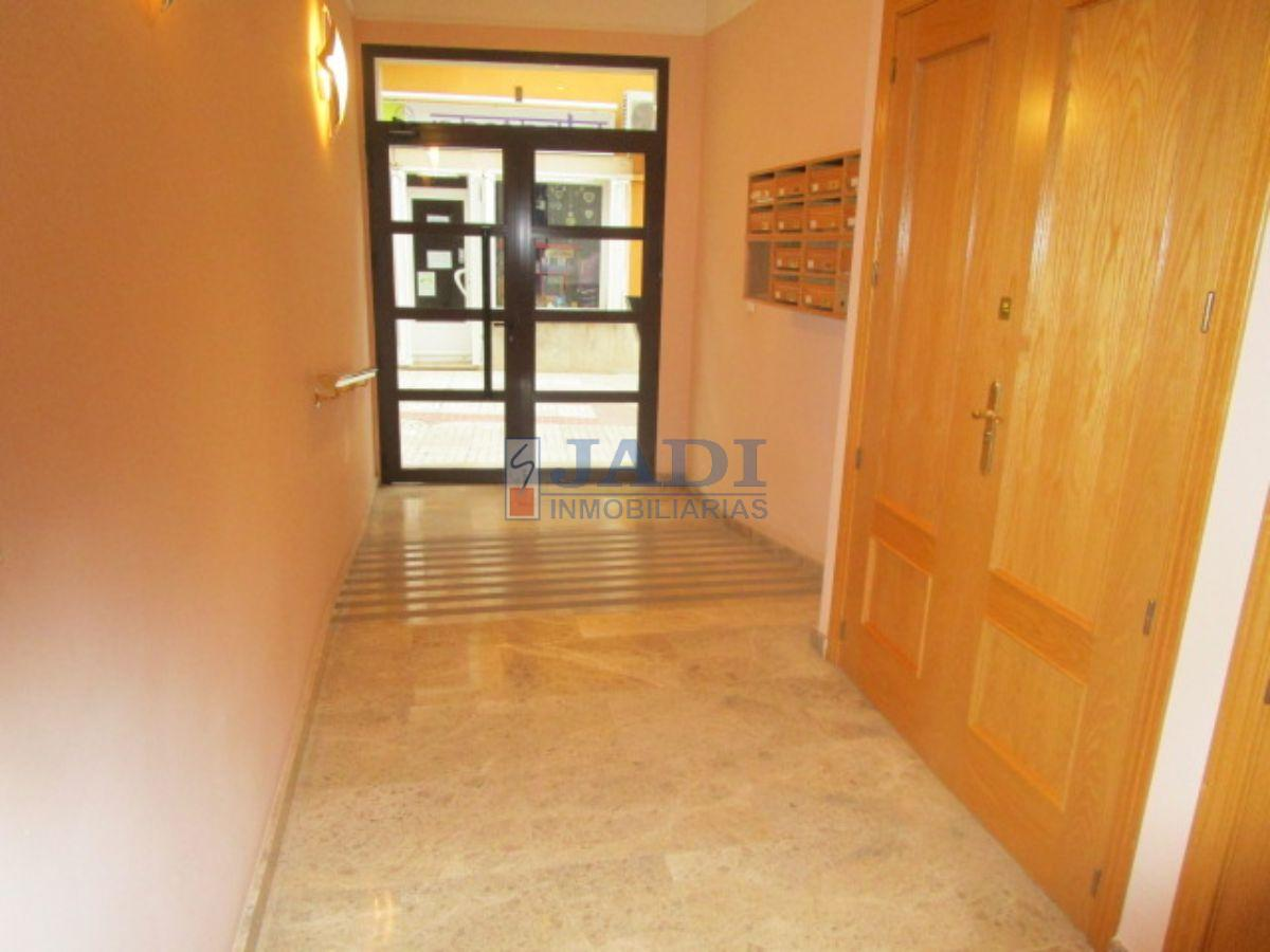 For sale of office in Valdepeñas