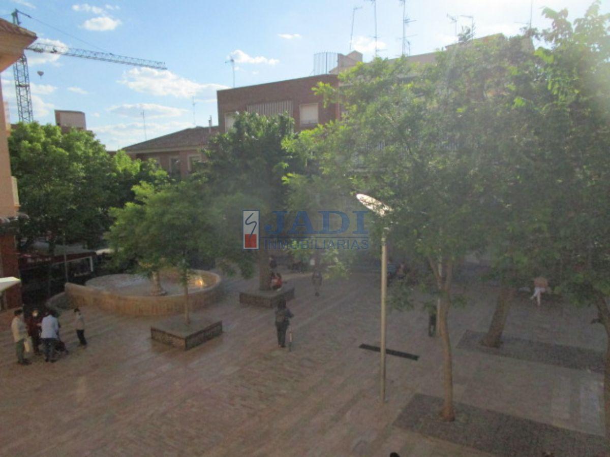 For rent of flat in Valdepeñas