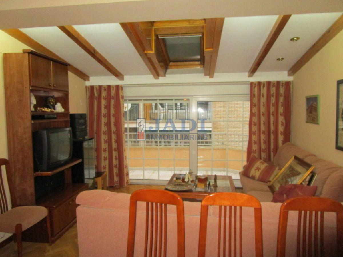 For rent of penthouse in Valdepeñas