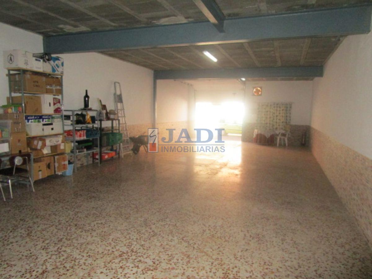For rent of industrial plant/warehouse in Valdepeñas