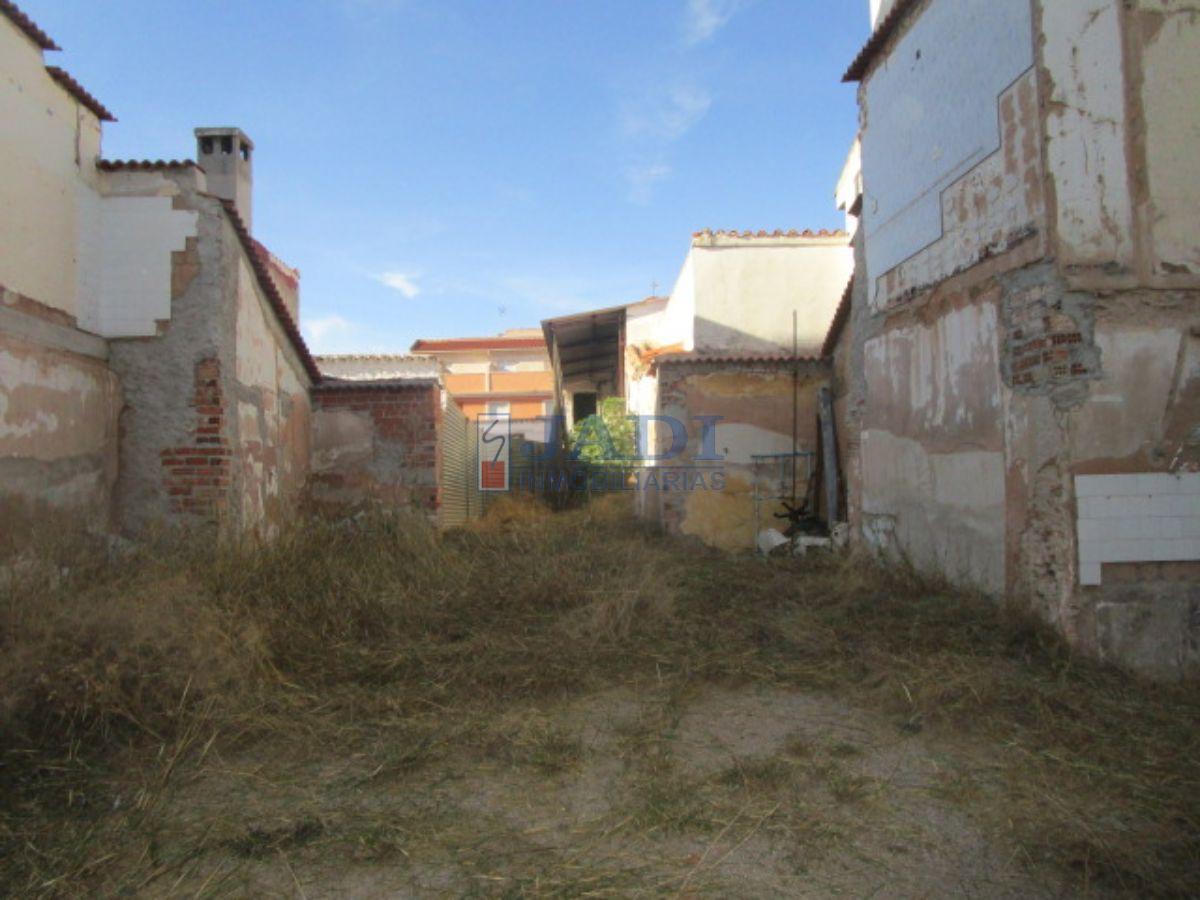 Venta de terreno en Valdepeñas