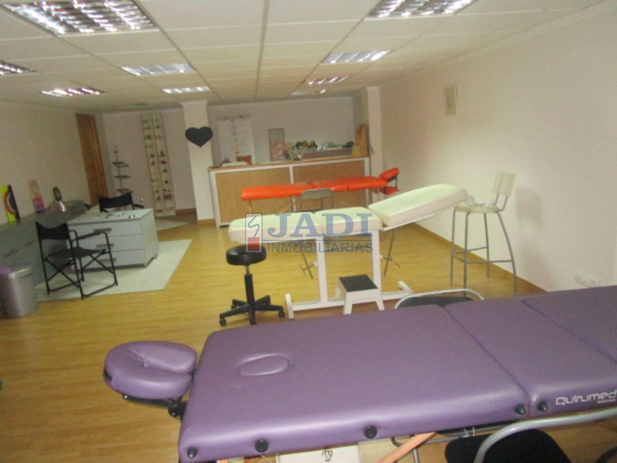 For rent of office in Valdepeñas