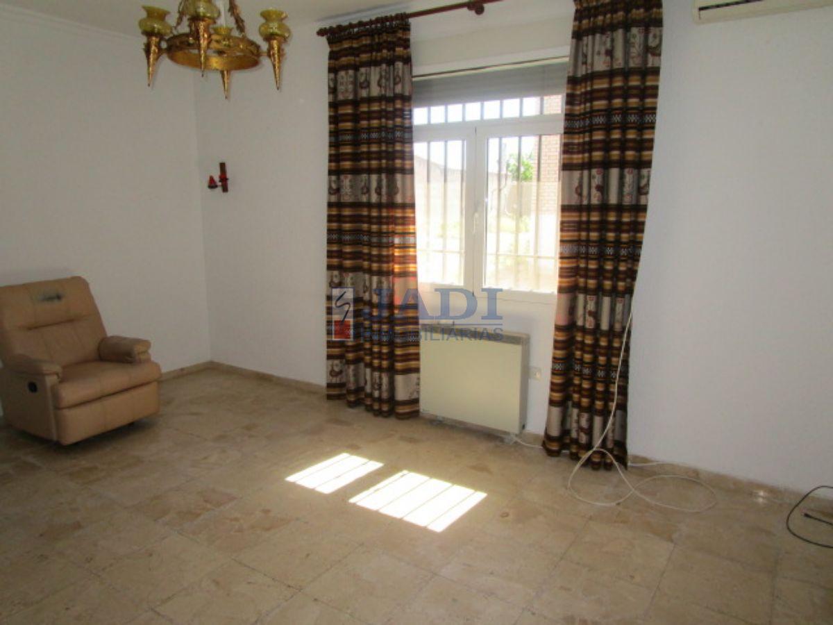 For sale of chalet in Almuradiel