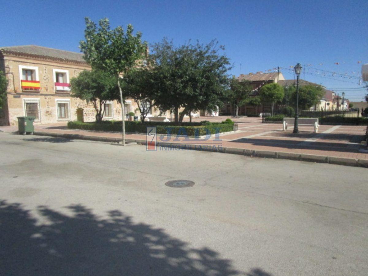 Venta de casa en Almuradiel