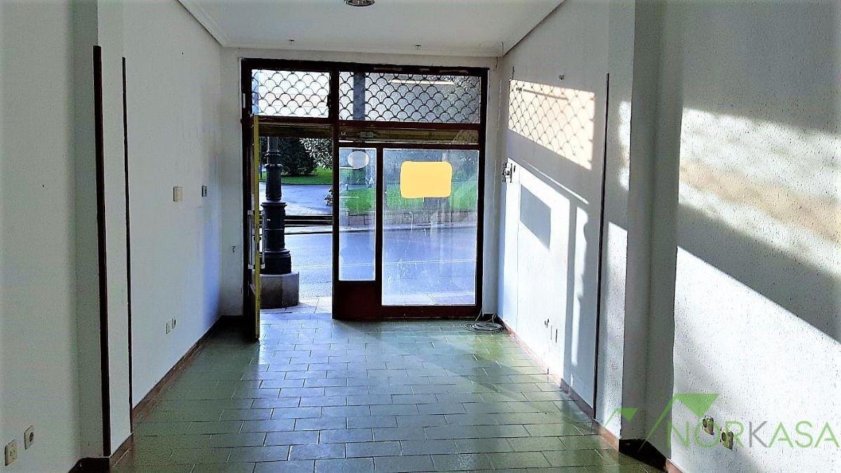 Venta de local comercial en Oviedo