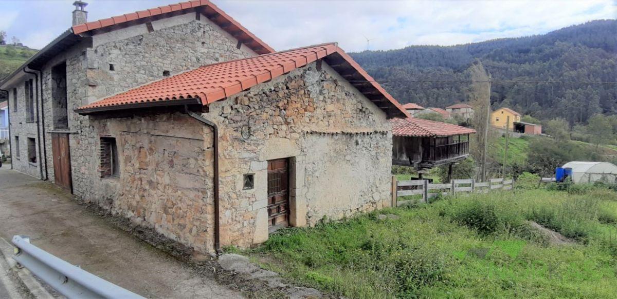 Venta de casa en Candamo