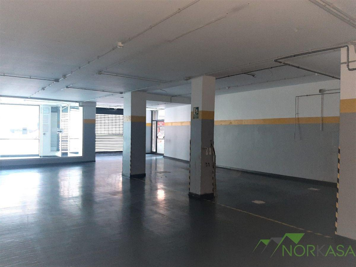 For rent of commercial in Oviedo