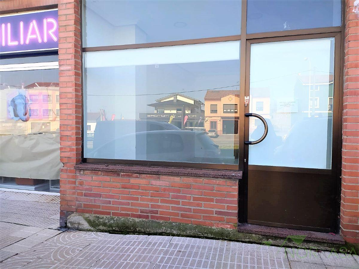 For sale of commercial in Oviedo