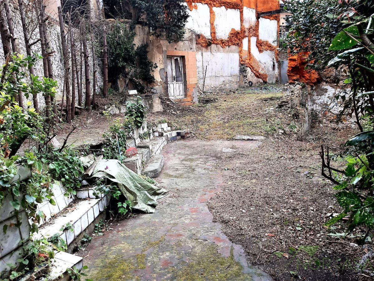 For sale of land in Oviedo