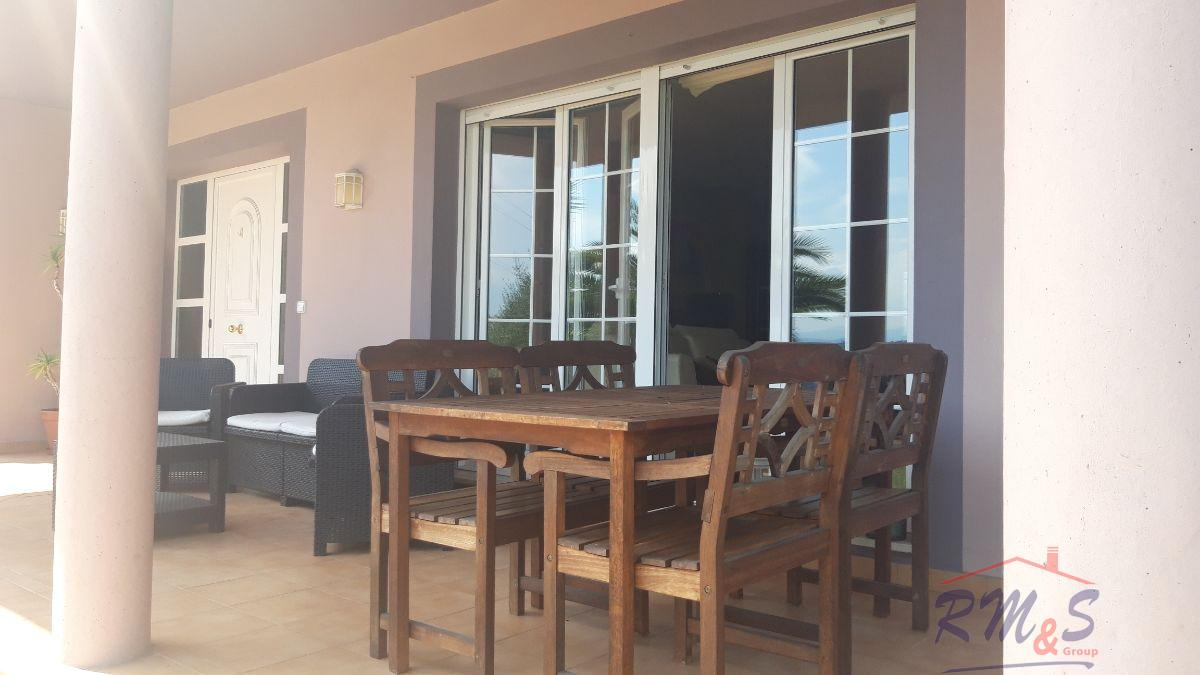For rent of chalet in Oviedo