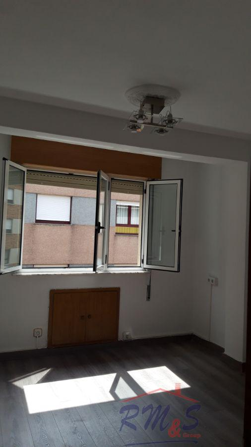For rent of flat in Langreo