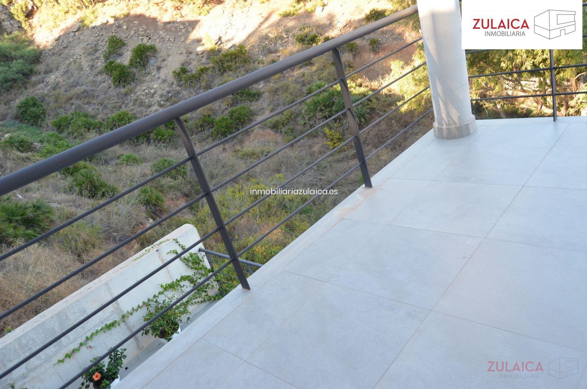 For sale of villa in Málaga