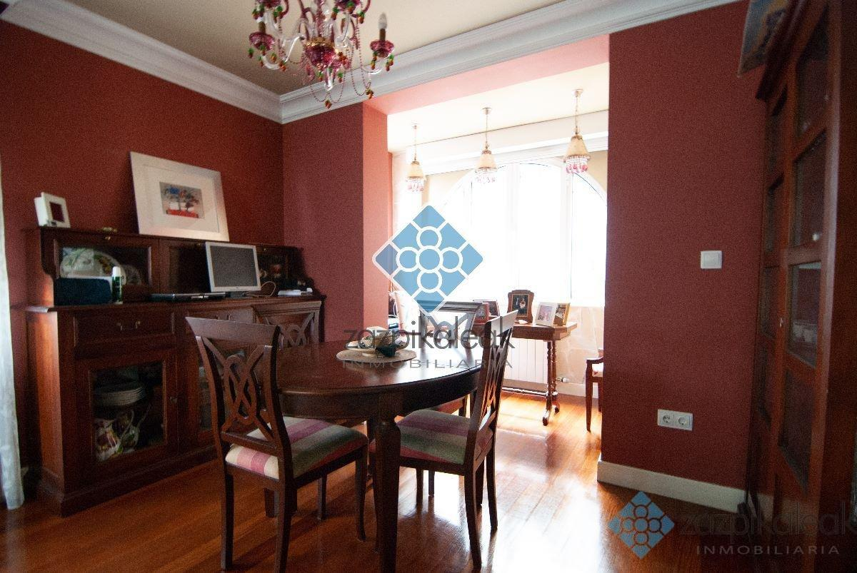 For sale of chalet in Bilbao