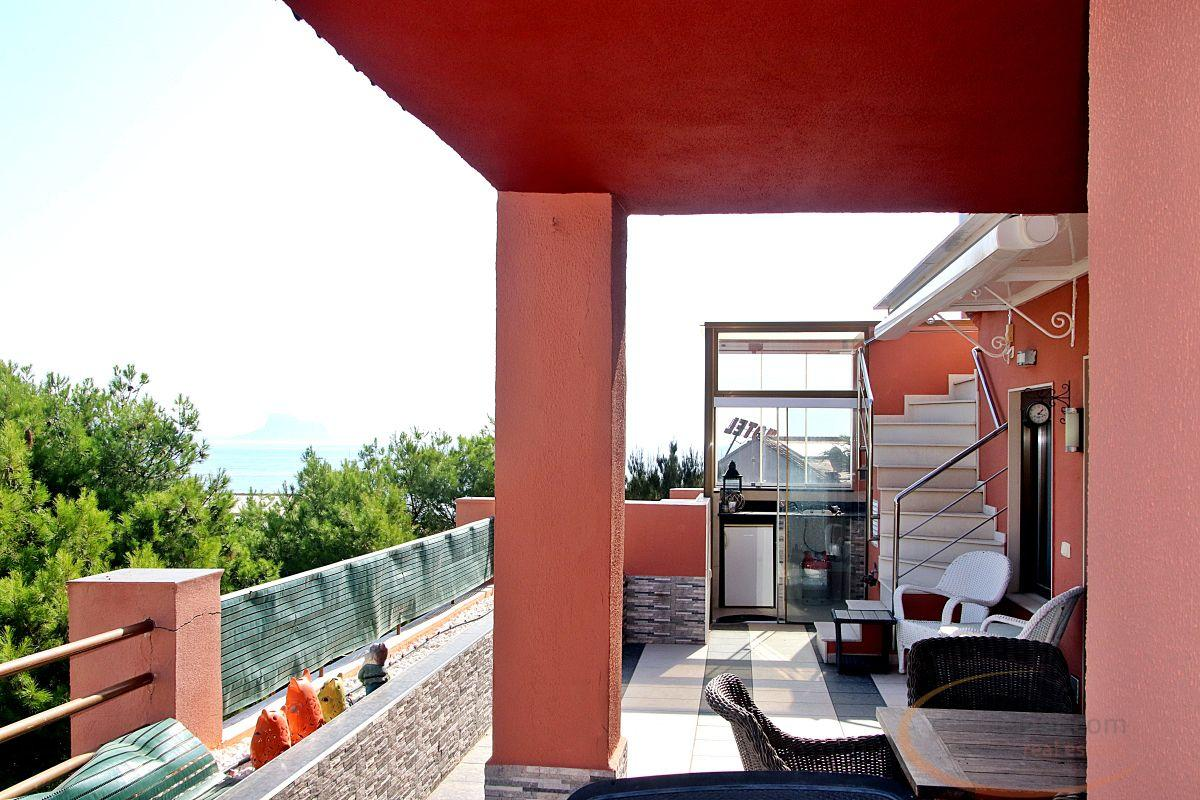 For sale of penthouse in Playa del Albir