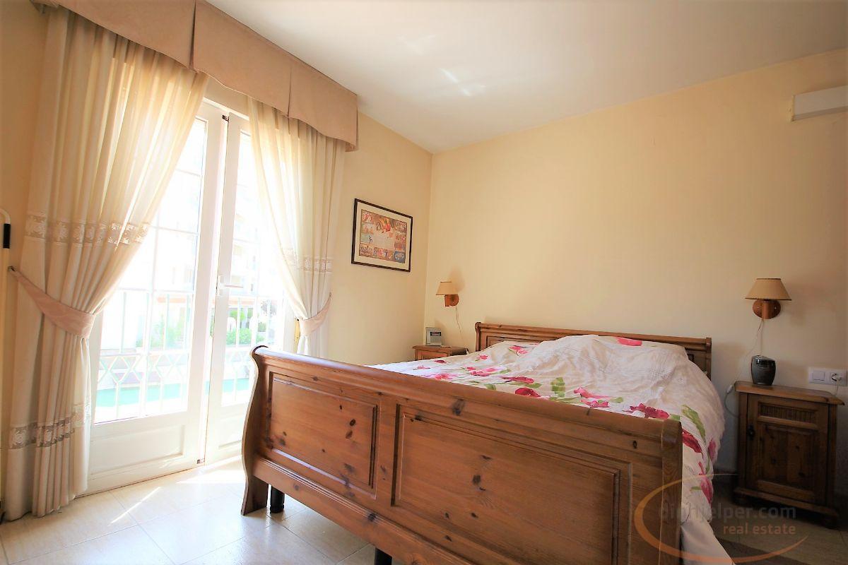 For sale of apartment in Playa del Albir