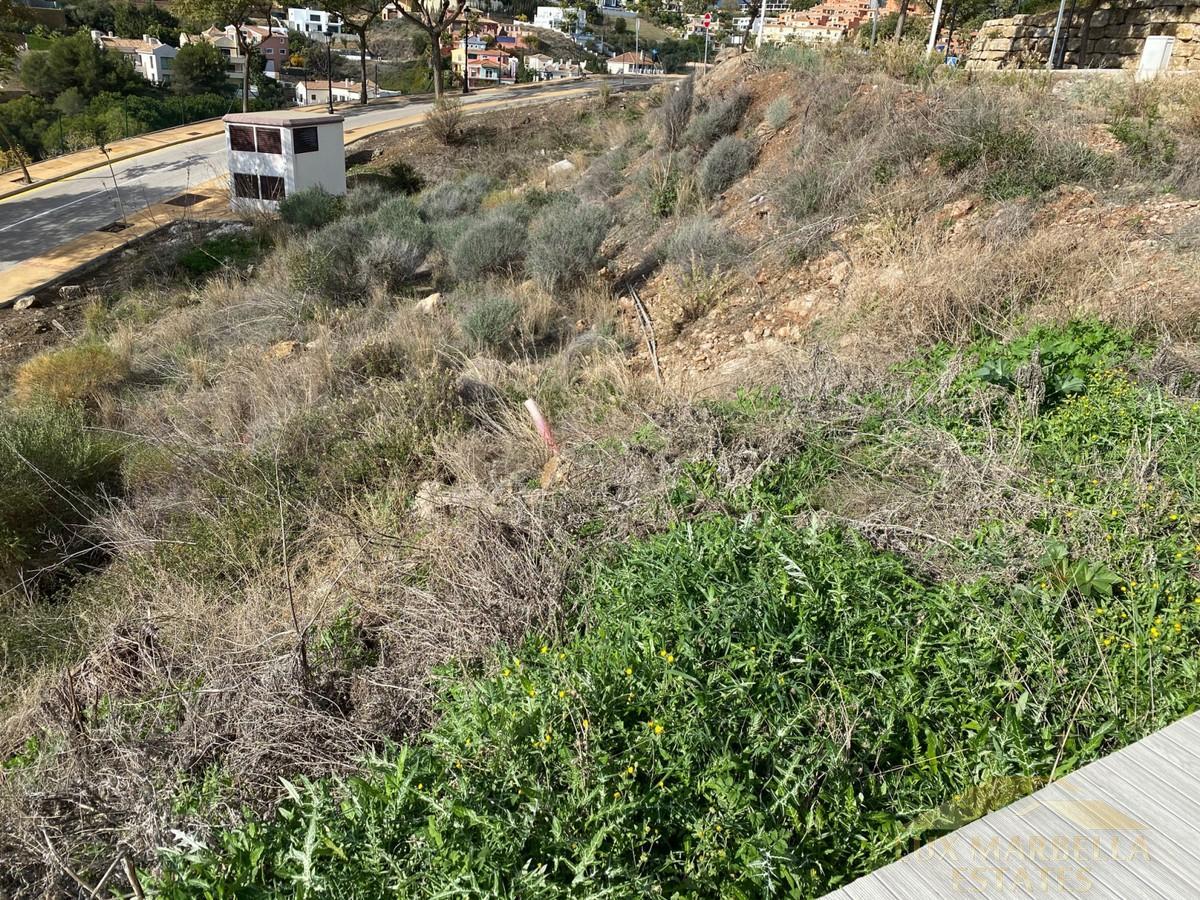 Verkoop van terrein  in Marbella