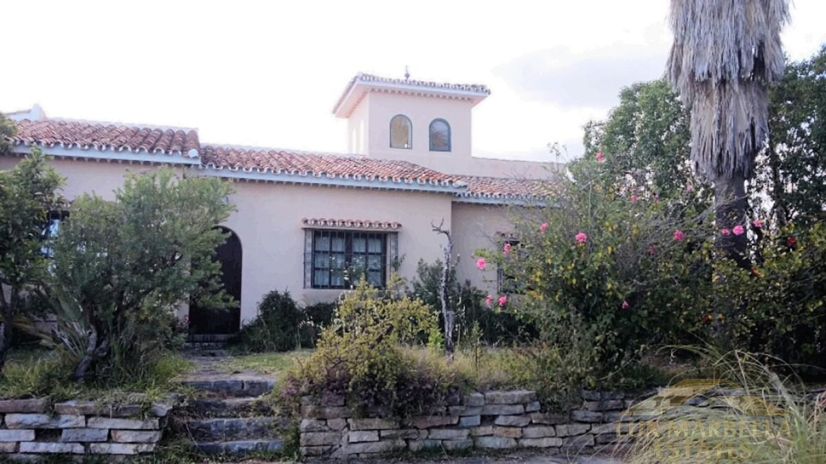 For sale of villa in Valle Romano