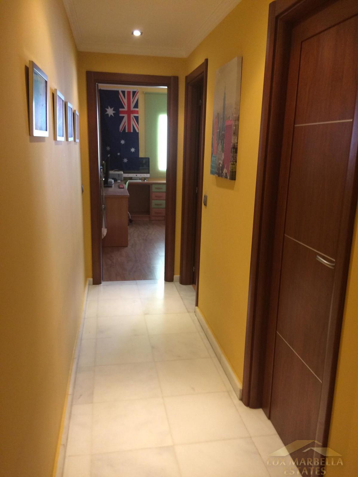 For sale of villa in Fuengirola