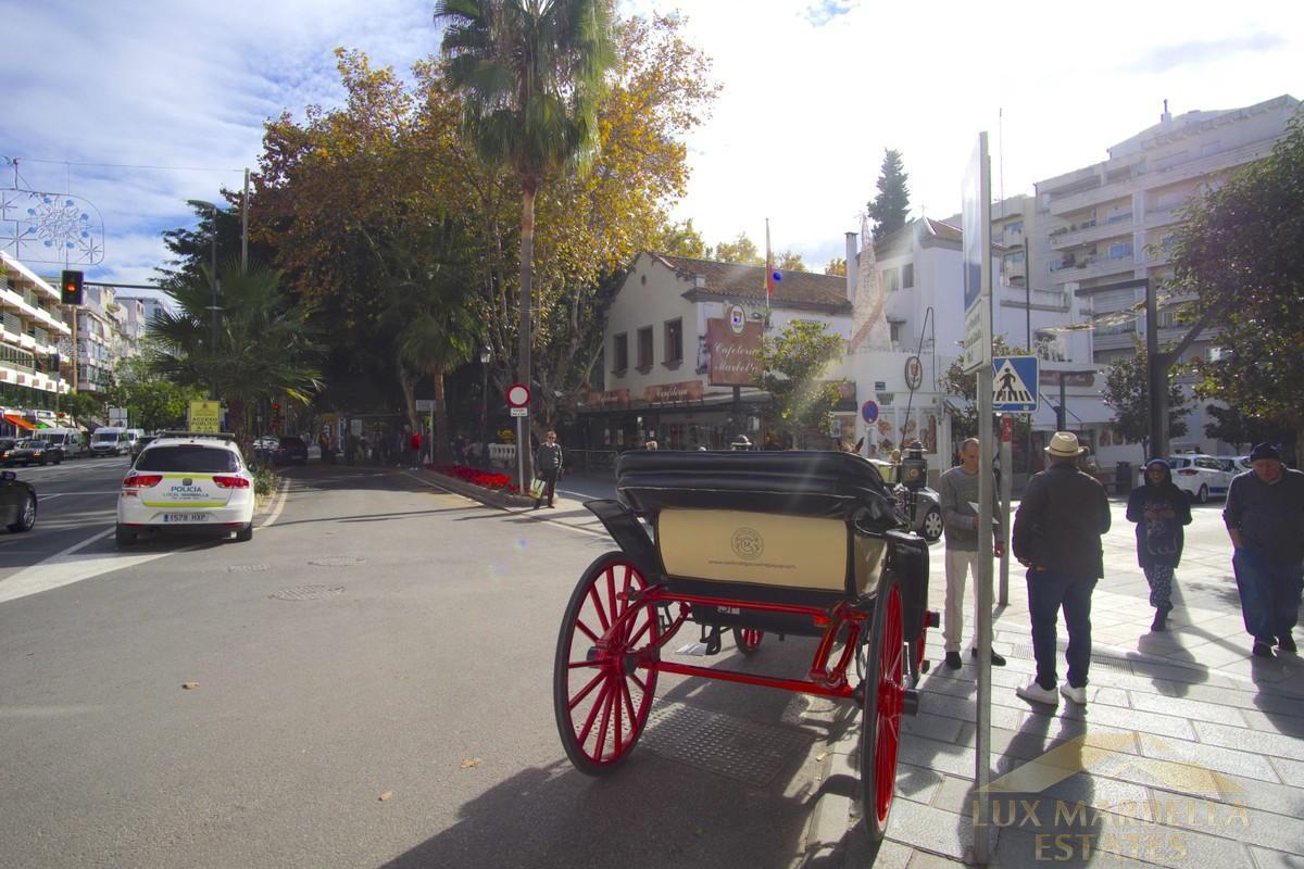 Venta de local comercial en Marbella