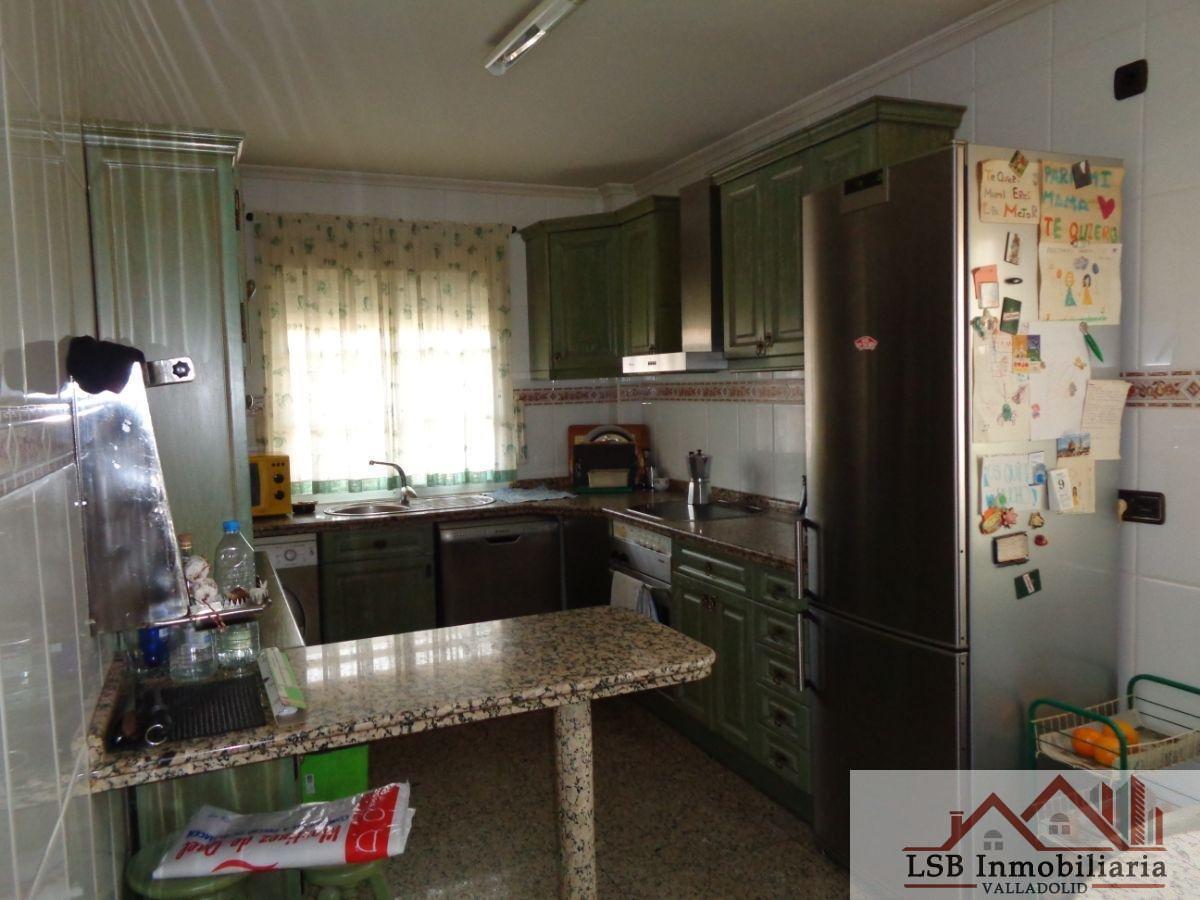 For sale of chalet in Santovenia de Pisuerga