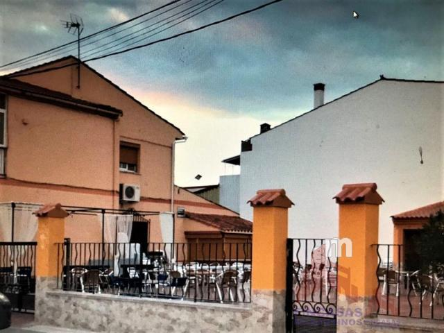 Venta de edificio en Almoharín