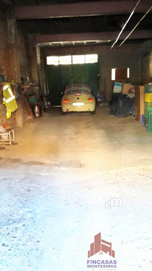 For sale of garage in Don Benito