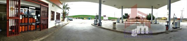 For sale of gas station in Miajadas