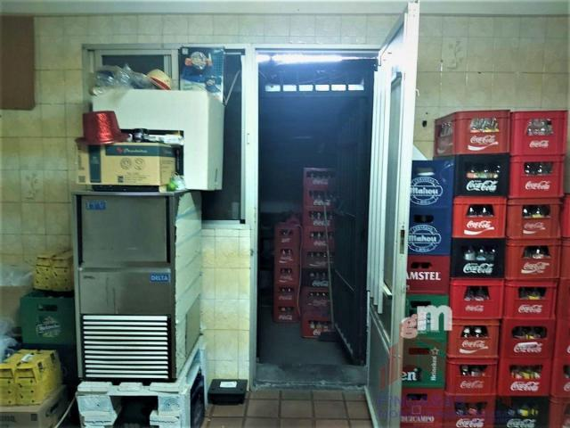 For sale of commercial in Santa Amalia