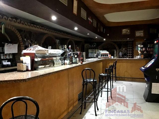 For sale of hotel in Navas del Madroño