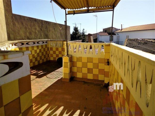 For sale of house in Valverde de Mérida