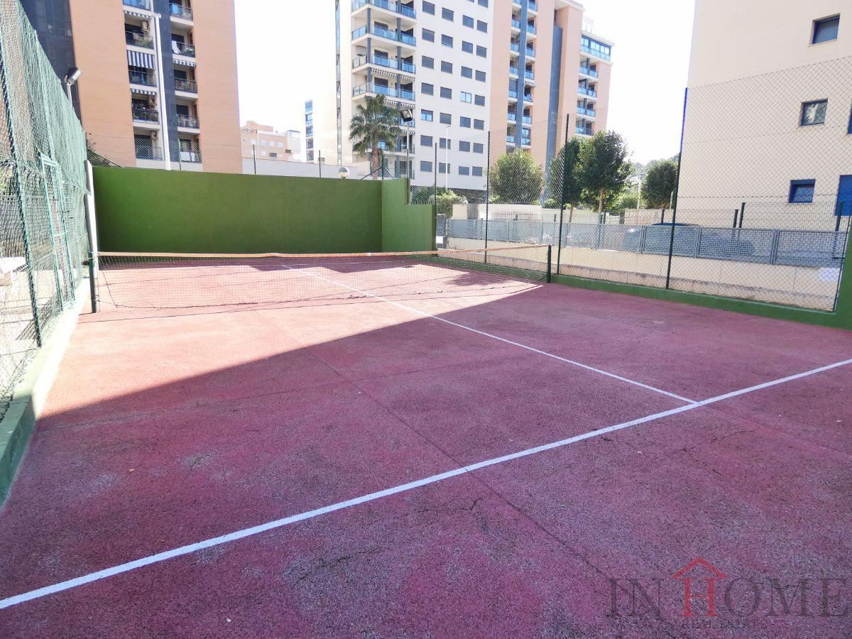 For sale of penthouse in Villajoyosa