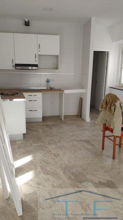 For sale of apartment in Cádiz