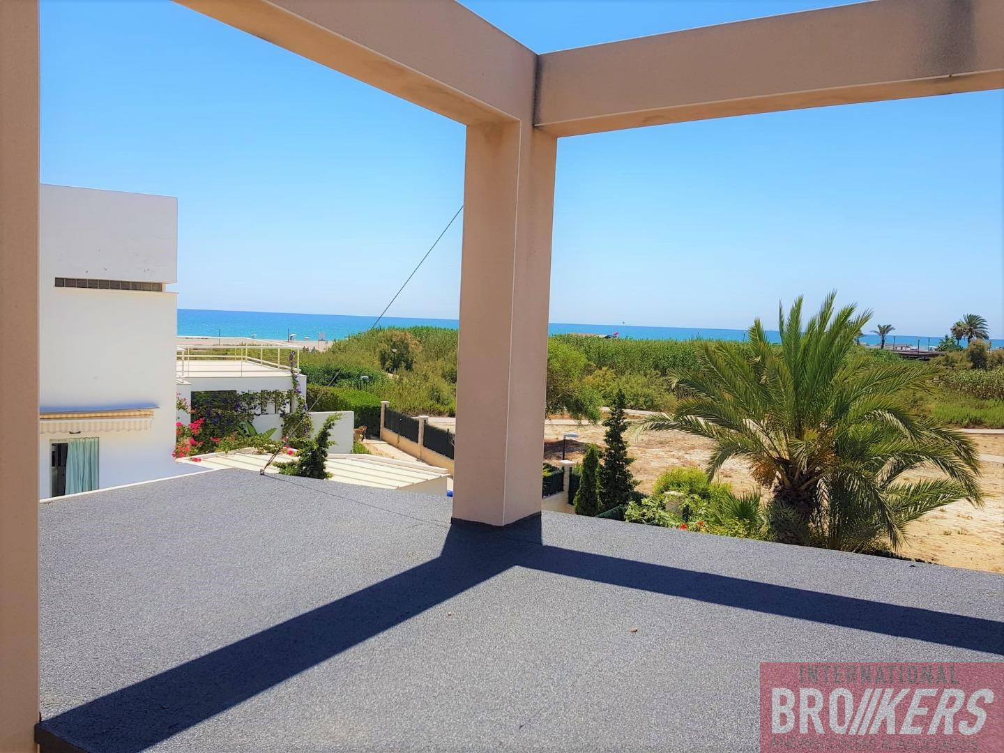 For sale of house in Vera