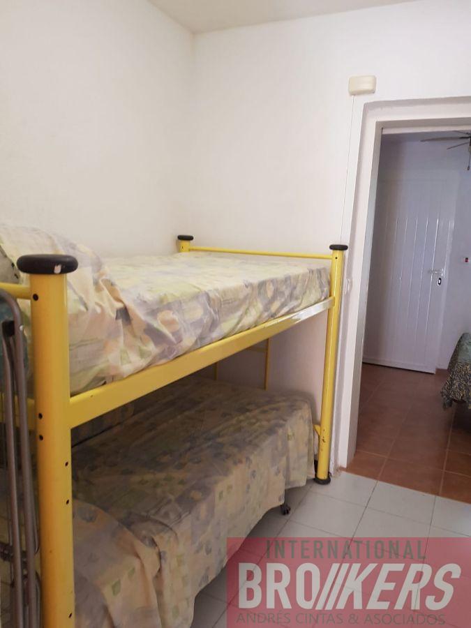 For rent of semidetached in Vera