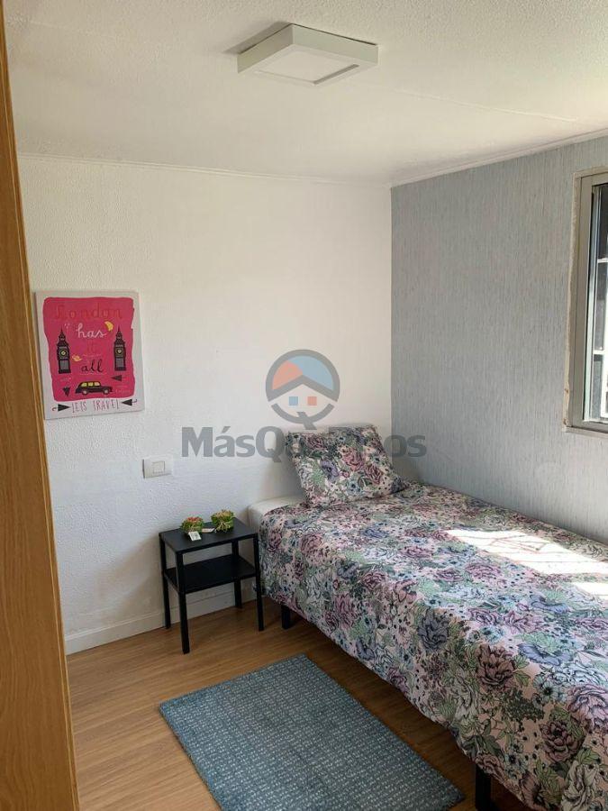 For rent of ground floor in Vigo