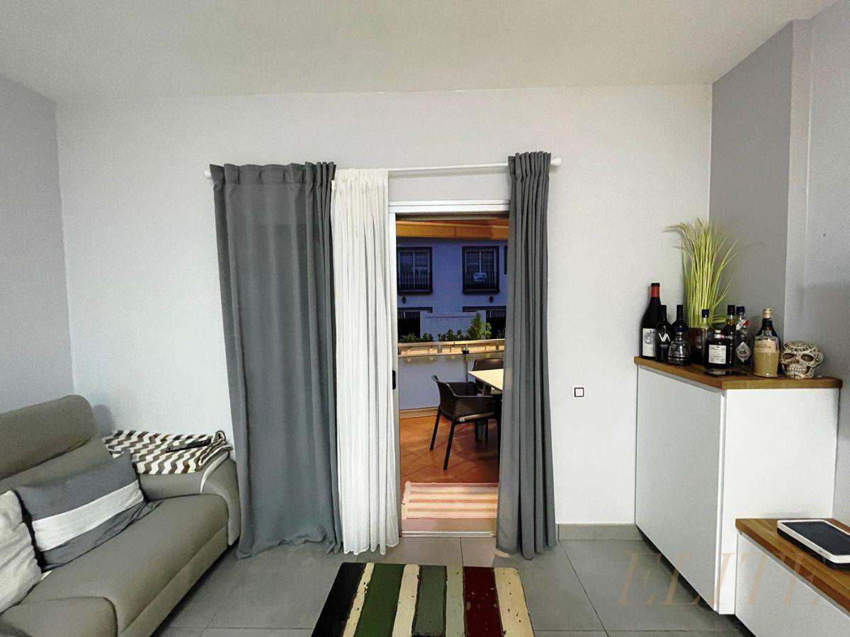 For sale of flat in Mogán