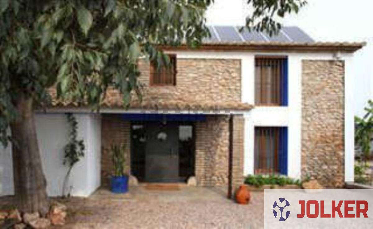For sale of chalet in Burriana