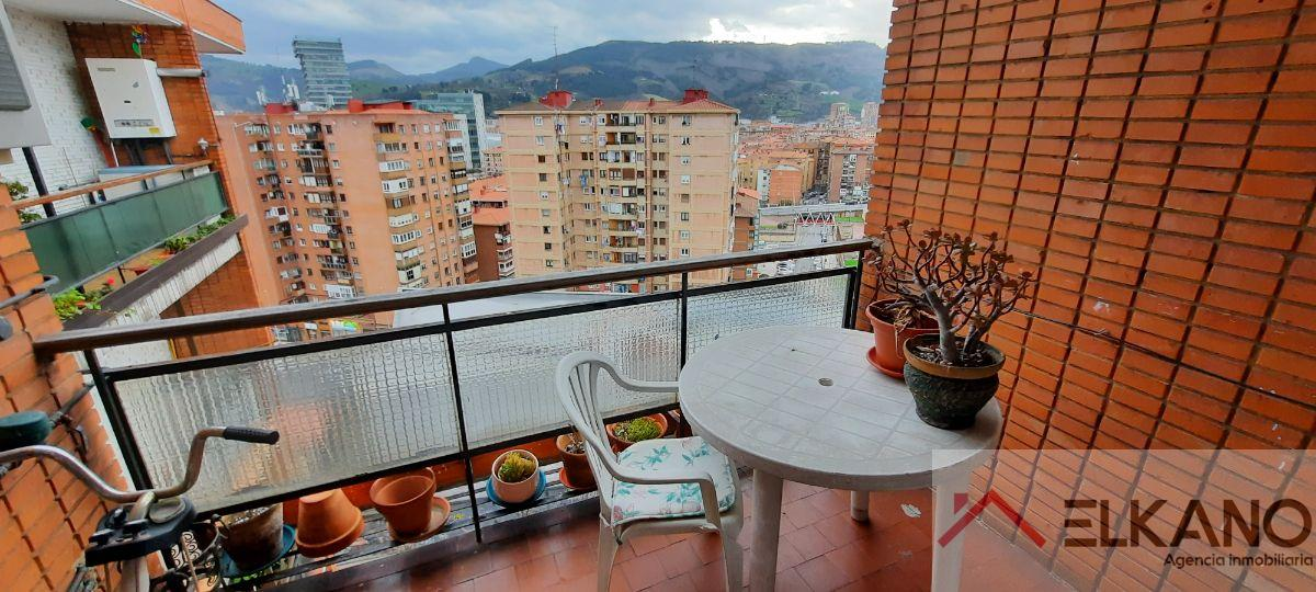 For sale of flat in Barakaldo