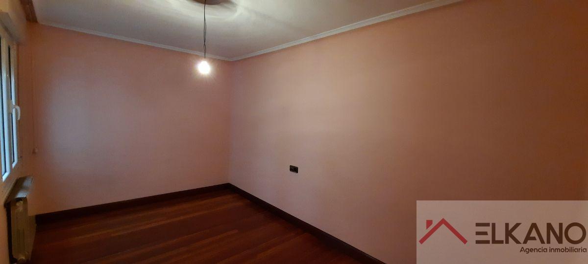 For sale of flat in Barakaldo