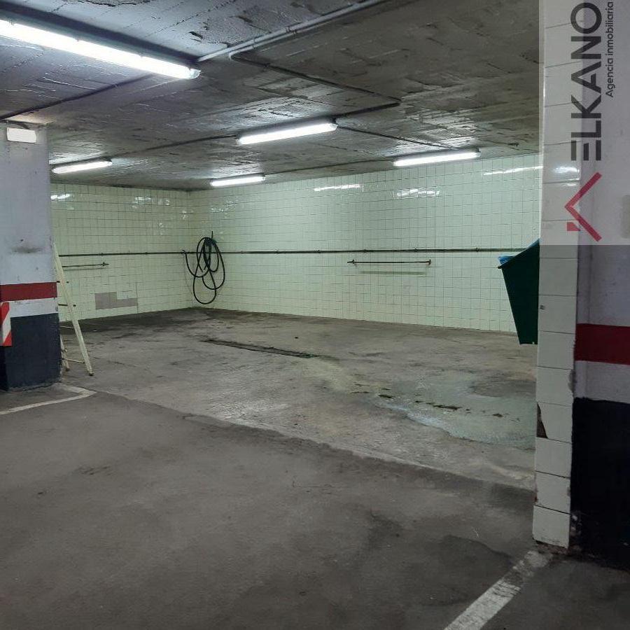 For rent of garage in Bilbao