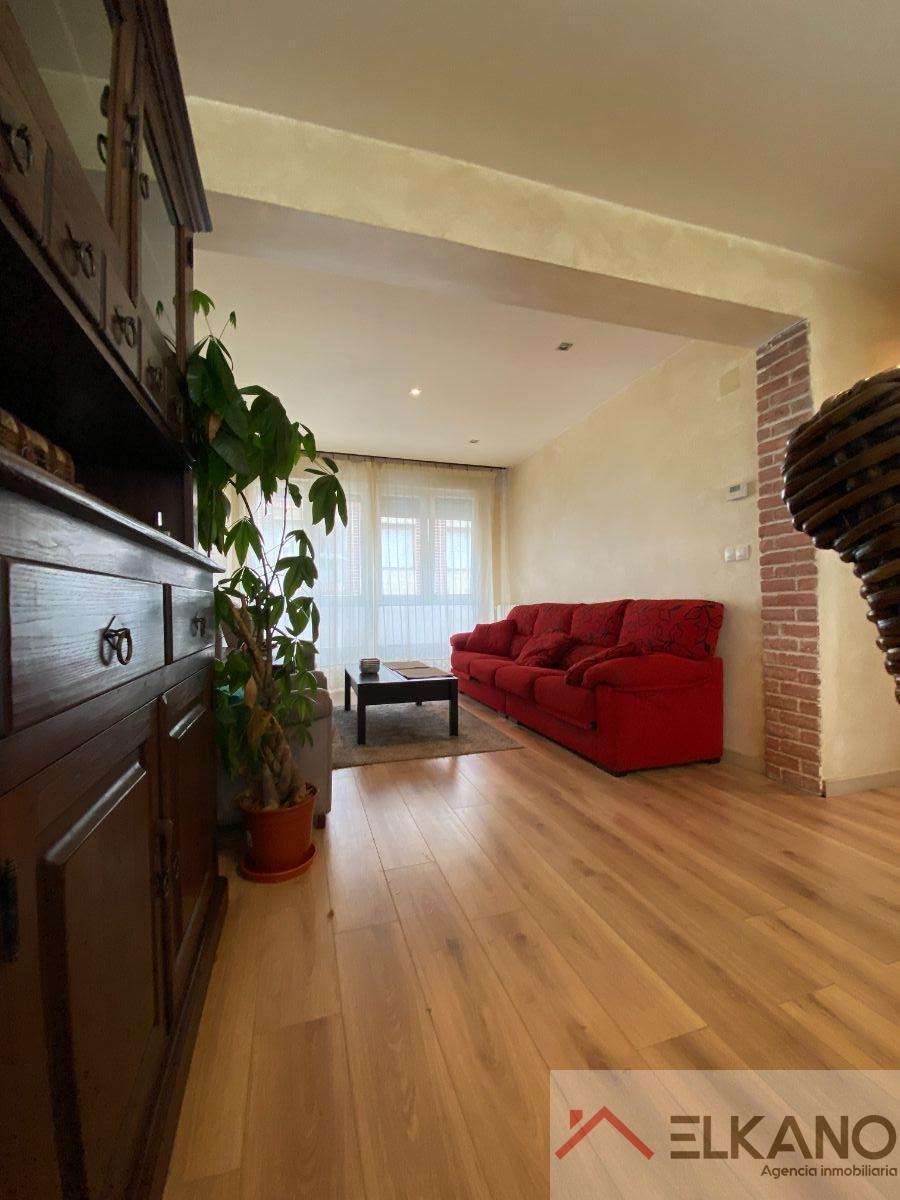 For sale of apartment in Barakaldo