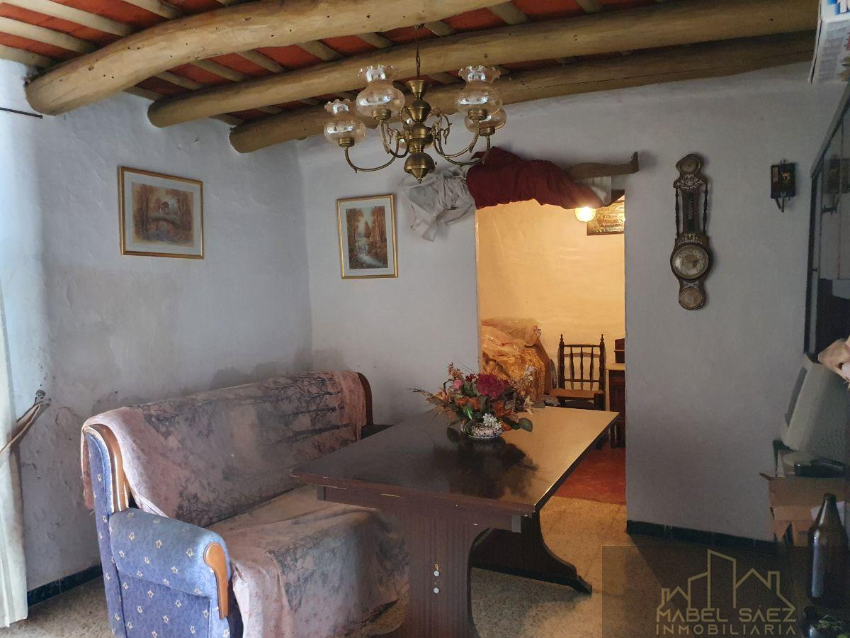 For sale of house in Malcocinado